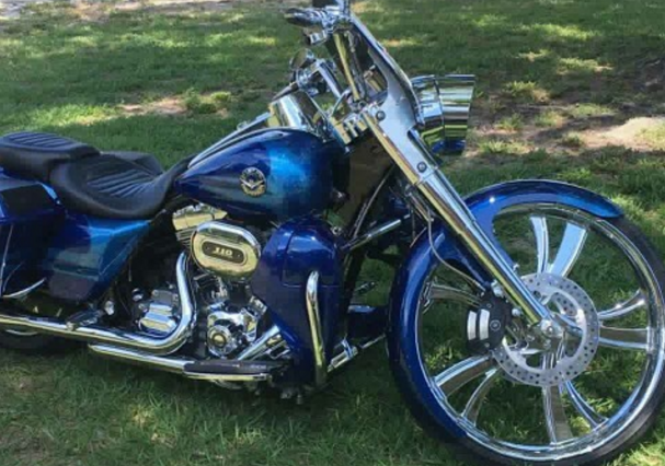 A Reader's Ride: Take A Look At Dennis' Sweet Road King